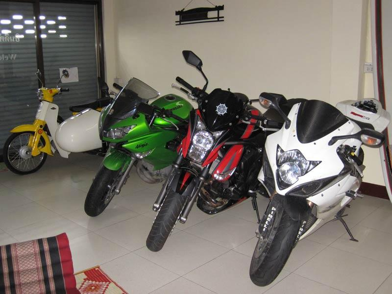 Scheduled Maintenence On Kawasaki Versys