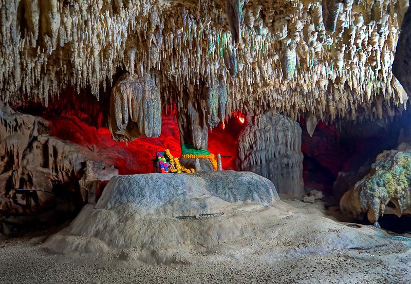 trang-khao-kob-cave-03dd.jpg