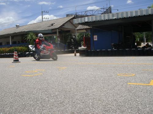 tum-speedway-riding-school5.