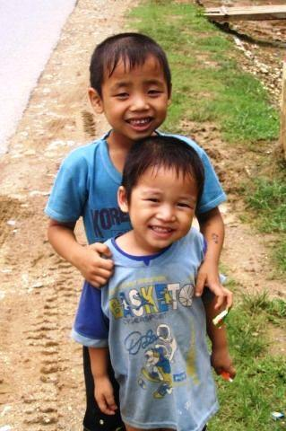 vietnam-village-kids.