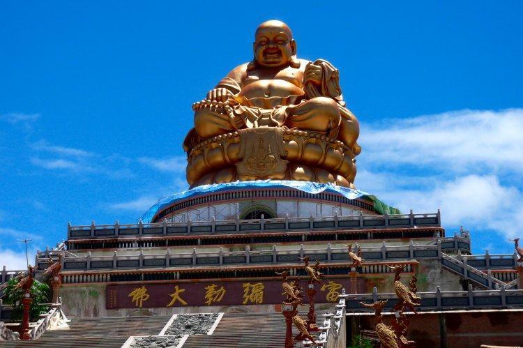 wat-muen-buddha-mettkhunaram-2.