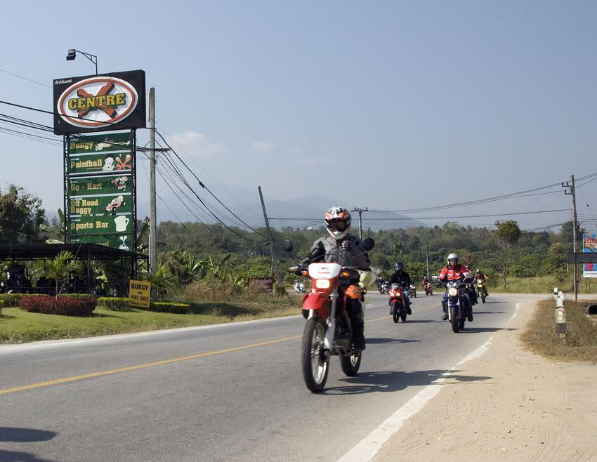 XCentre3LR.jpg /More Chiang Mai Toy Ride Pix/Chiang Mai ToyRide/  - Image by: