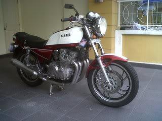 XJ750pic1.