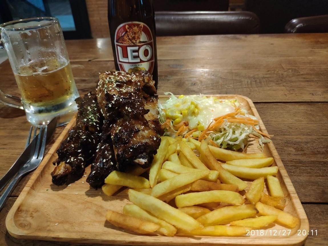 xl-steakhouse-ribs-1.