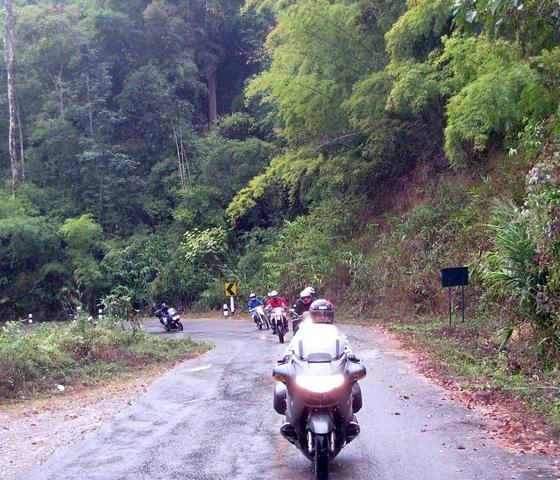 xmas2.jpg /GT Rider Chiang Mai Christmas Ride 2008/Touring Northern Thailand - Trip Reports Forum/  - Image by: