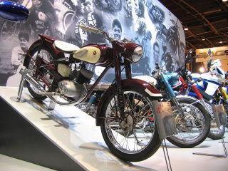 Yamaha_125_old.