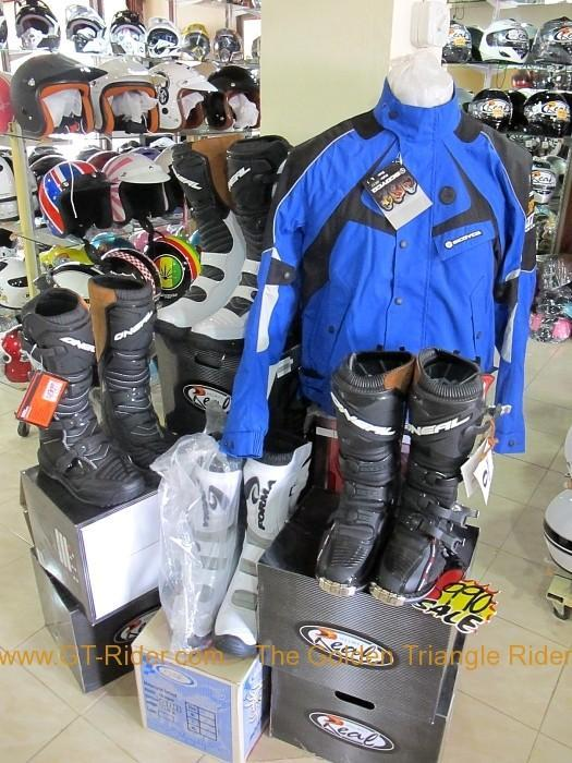zeromet12.jpg /Chiang Mai Handy Motorcycle Related Shops/Northern Thailand - General Discussion Forum/  - Image by: