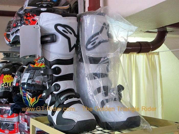 zeromet13.jpg /Chiang Mai Handy Motorcycle Related Shops/Northern Thailand - General Discussion Forum/  - Image by: