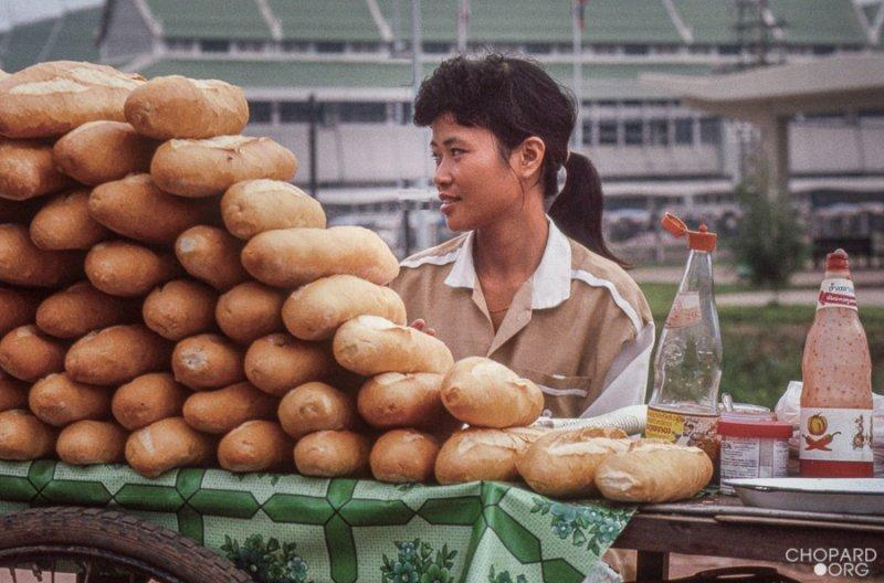 Selling baguette and khao jie